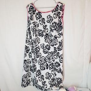 Dressbarn 20W curvy black and white floral pink